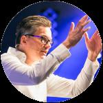 Damian-Richter_About-me_Lifecoach-und-Motivationstrainer