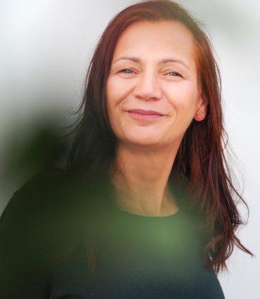 Ines-Scholz_Herzschlossknackerin